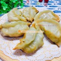 青菜猪肉煎饺的做法