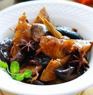 香菇焖冬笋的做法