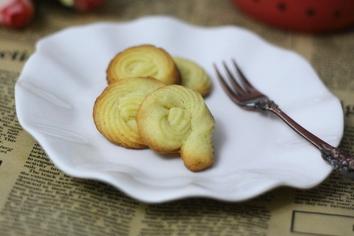 曲奇饼干怎么做 满口飘香的曲奇饼干
