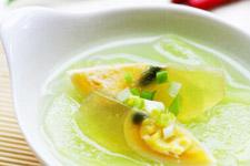 青瓜皮蛋汤的做法