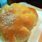 红豆、芋头小花包的做法