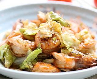 鲜虾包菜的家常做法