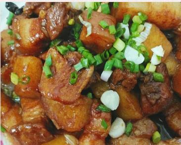 土豆红烧肉的家常做法