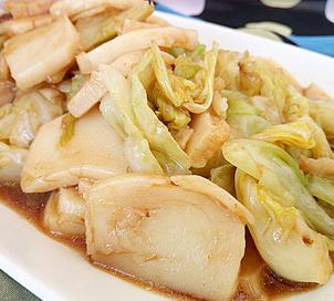 酱香卷心菜炒年糕的家常做法