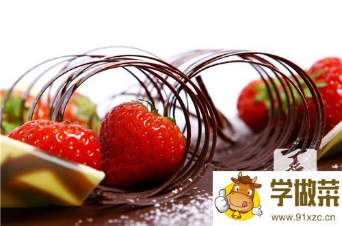 草莓含有什么维生素_营养成分_营养价值