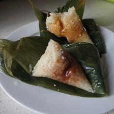 谷雨豆沙红莲蓉粽子的做法