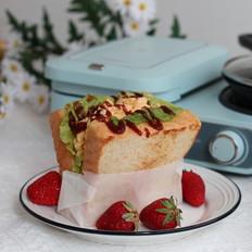 滑蛋三明治的做法
