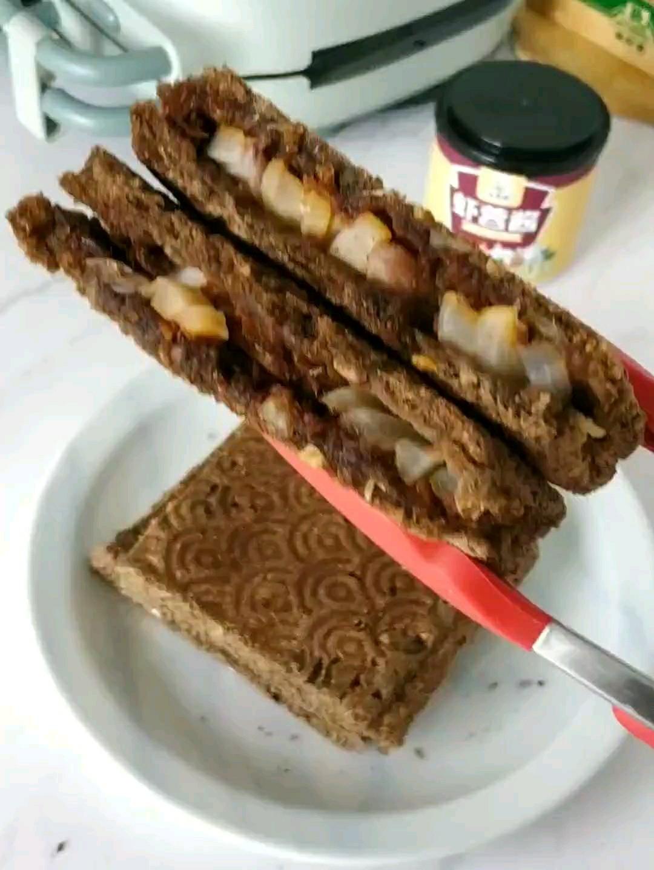 虾蓉酱三明治的做法