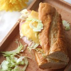 芝士火腿蔬菜法棍三明治的做法
