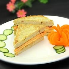 胡萝卜鸡蛋三明治的做法