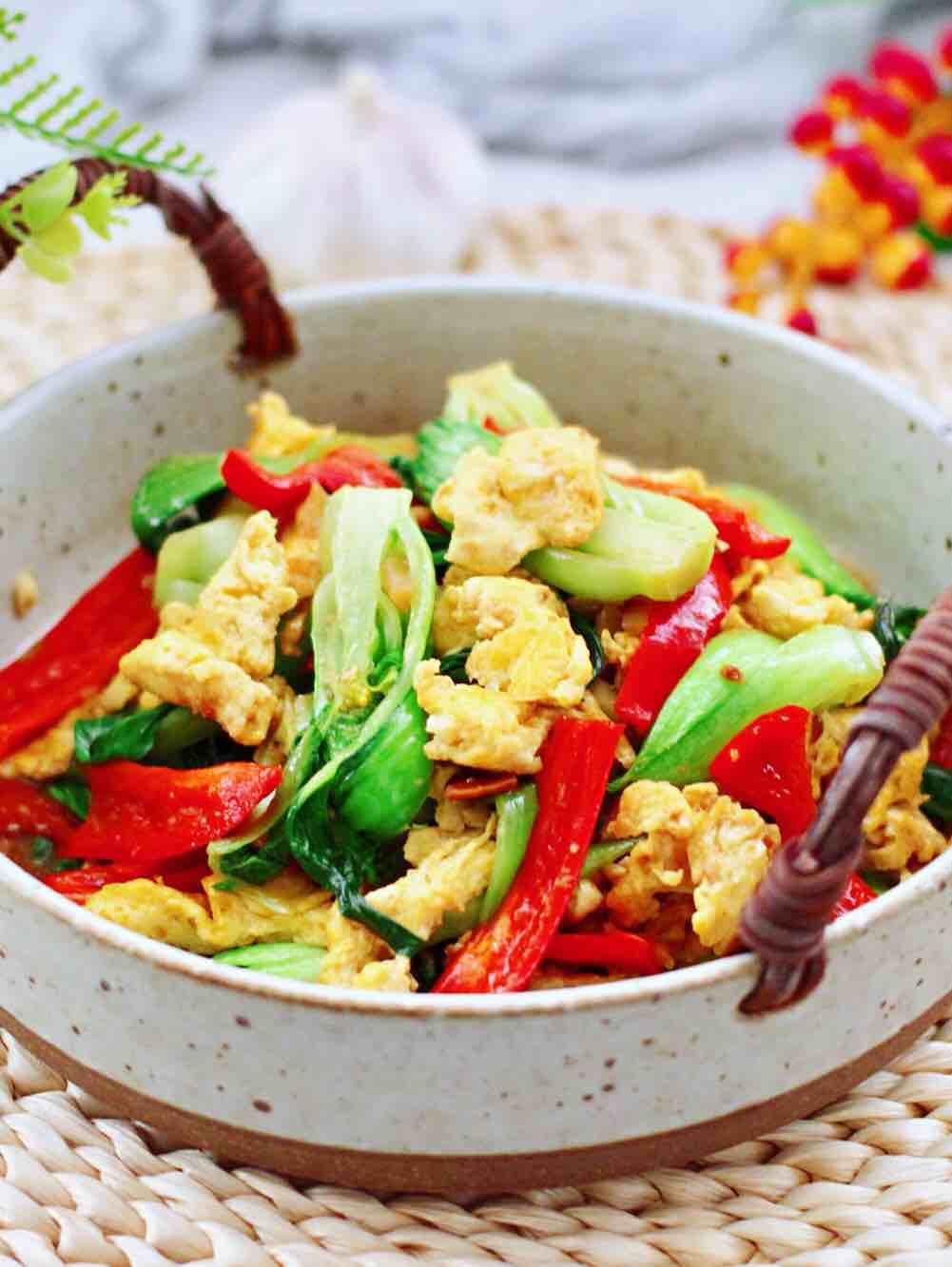 酱香油菜炒鹅蛋的做法