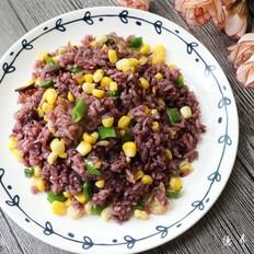 紫米炒饭的做法