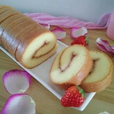 草莓果酱蛋糕卷的做法