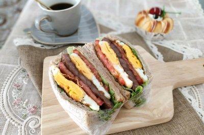 全麦鸡蛋牛排三明治怎么做好吃?全麦鸡蛋牛排三明治的家常做法