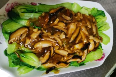 香菇油菜怎么做好吃?香菇油菜的家常做法