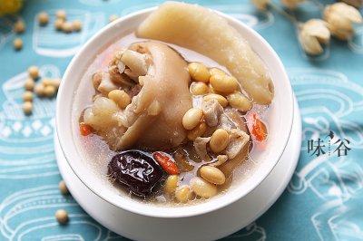 黄豆猪蹄汤怎么做好吃?黄豆猪蹄汤的家常做法