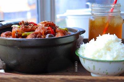 黄焖鸡米饭怎么做好吃?黄焖鸡米饭的家常做法