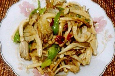 青椒炒平菇怎么做好吃?青椒炒平菇的家常做法