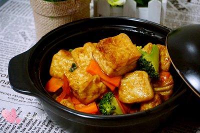杂疏豆腐煲怎么做好吃?杂疏豆腐煲的家常做法