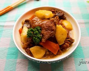羊肉焖土豆的做法_图解羊肉焖土豆怎么做好吃