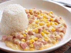 粟米午餐肉粒饭的做法