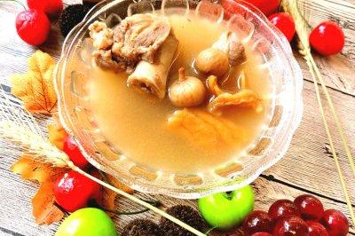 干鳄鱼肉骨头汤怎么做好吃?干鳄鱼肉骨头汤的家常做法