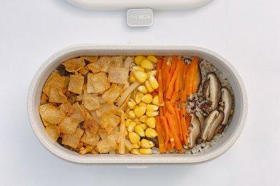 网红螺狮粉焖饭怎么做好吃?网红螺狮粉焖饭的家常做法