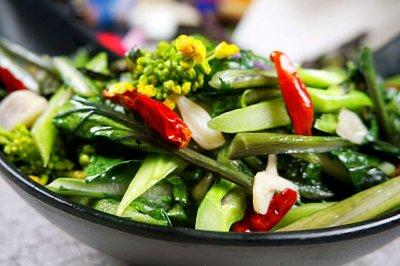 爆炒红菜苔怎么做好吃?爆炒红菜苔的家常做法