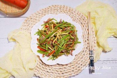 芦蒿炒干丝怎么做好吃?芦蒿炒干丝的家常做法