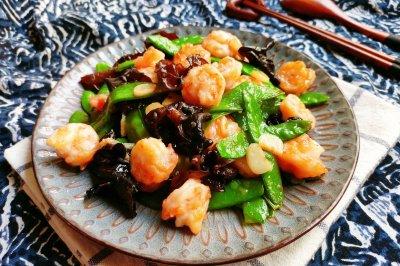 荷兰豆炒虾仁怎么做好吃?荷兰豆炒虾仁的家常做法视频
