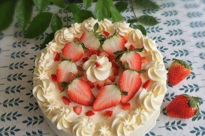 草莓蛋糕怎么做好吃?草莓蛋糕的家常做法
