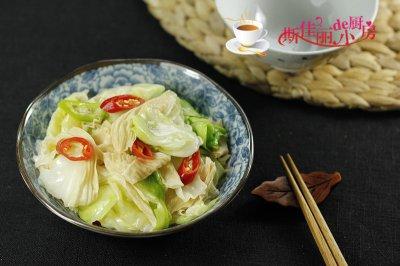 油豆皮炒圆白菜怎么做好吃?油豆皮炒圆白菜的家常做法