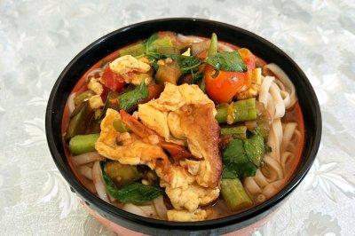 西红柿豆角鸡蛋捞面条怎么做好吃?西红柿豆角鸡蛋捞面条的家常做法
