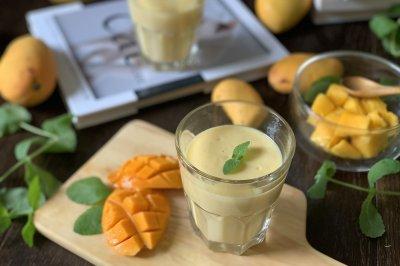 芒果奶昔怎么做好吃?芒果奶昔的家常做法