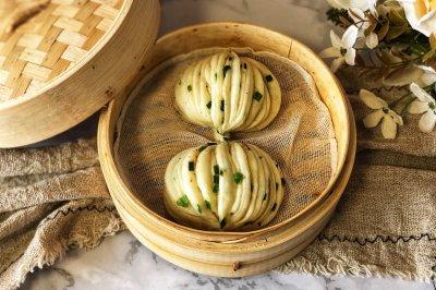 椒盐葱香花卷怎么做好吃?椒盐葱香花卷的家常做法