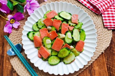 黄瓜炒火腿怎么做好吃?黄瓜炒火腿的家常做法