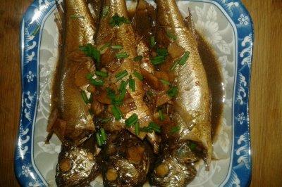 红烧黄鱼怎么做好吃?红烧黄鱼的家常做法