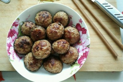 煎香菇盒怎么做好吃?煎香菇盒的家常做法