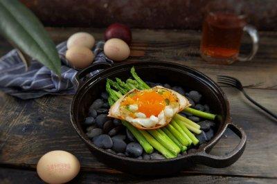 几个鸡蛋搞定赛螃蟹怎么做好吃?几个鸡蛋搞定赛螃蟹的家常做法