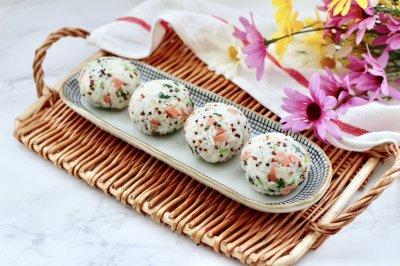 三色藜麦青菜饭团怎么做好吃?三色藜麦青菜饭团的家常做法