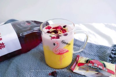 蔓越莓芒果奶昔怎么做好吃?蔓越莓芒果奶昔的家常做法