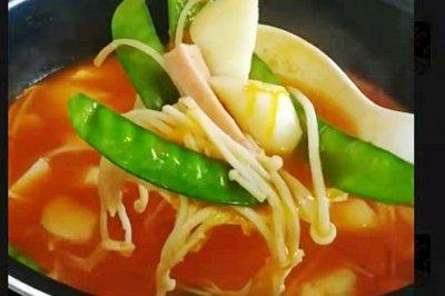 番茄火锅怎么做好吃?番茄火锅的家常做法视频