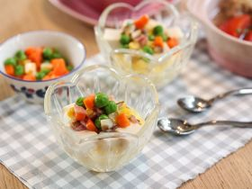 豆腐雑豆蒸鸡蛋的做法