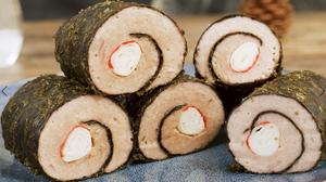怎样才能做出鲜嫩多汁的肉馅【蟹柳紫菜卷】的做法 步骤9