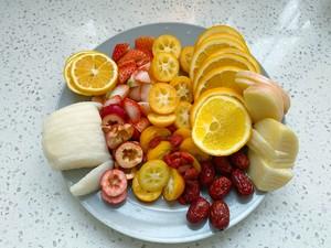 自制冬日热饮水果茶,酸甜好喝又解渴,暖胃健康的做法 步骤2