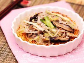 肉丝炒麵[简易粉麺食谱]的做法