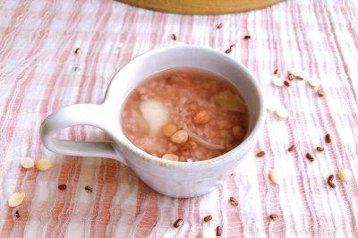 百合杏仁粥怎么做好吃?百合杏仁粥的家常做法