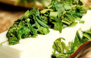 香椿拌豆腐的做法3种
