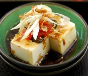 日式浇汁豆腐,一种日式凉拌豆腐的做法