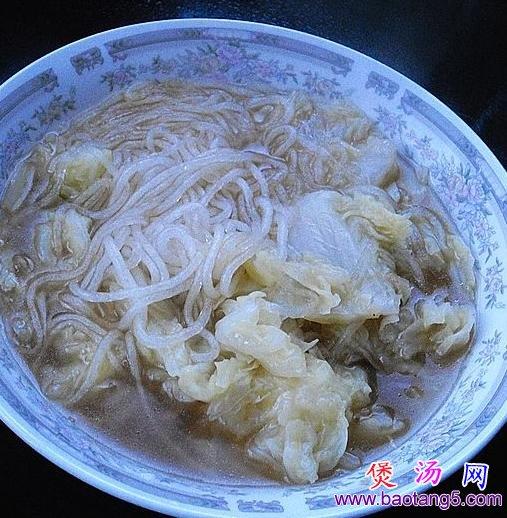 白菜炖粉条的做法_白菜炖粉条怎么做